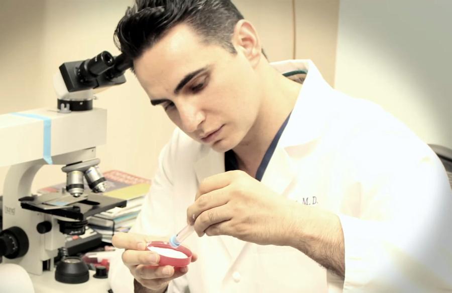 revivogen Dr Alex Khadavi práca
